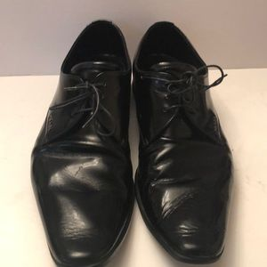 Prada leather dress shoes